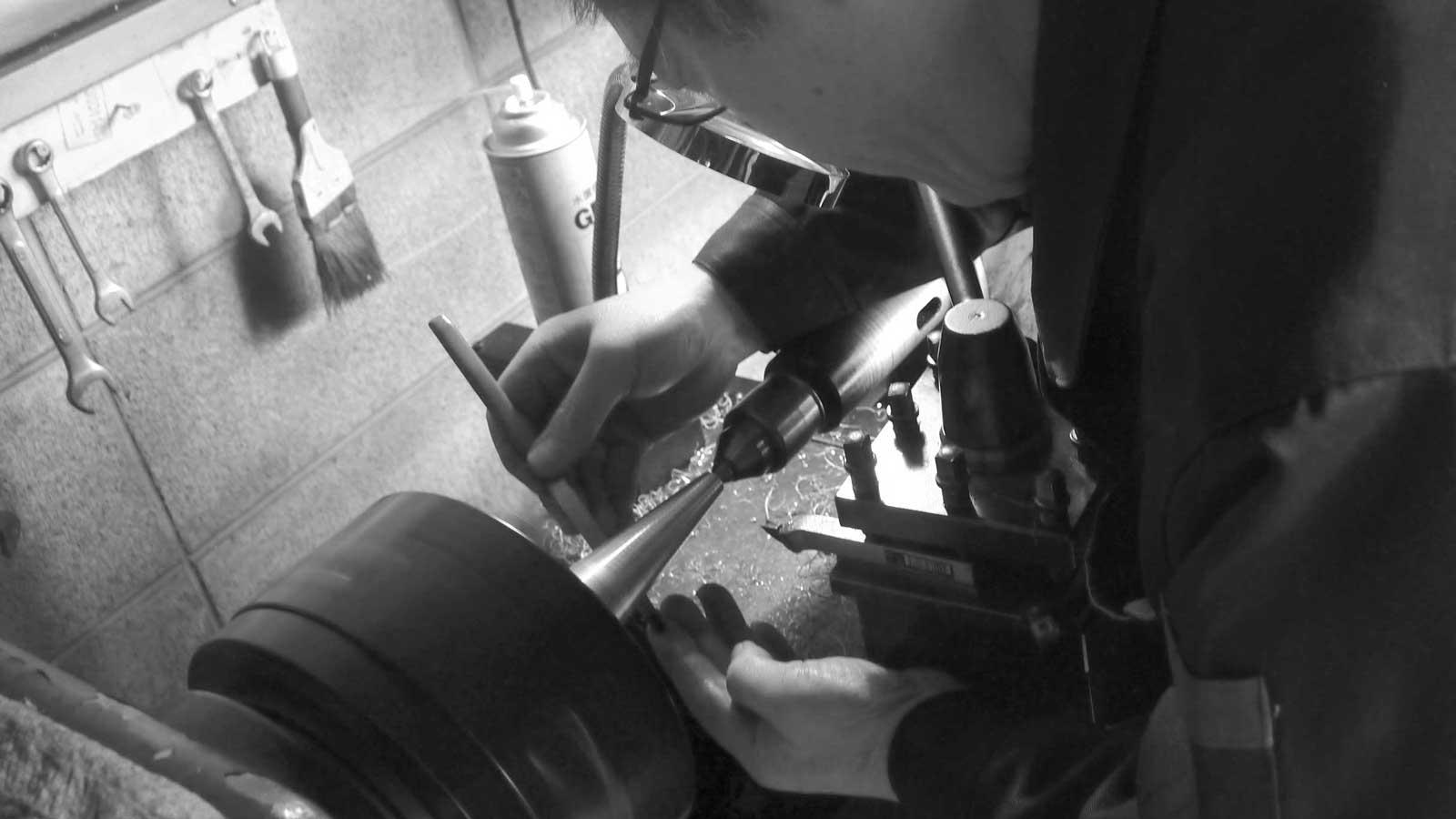 金属加工の匠たち